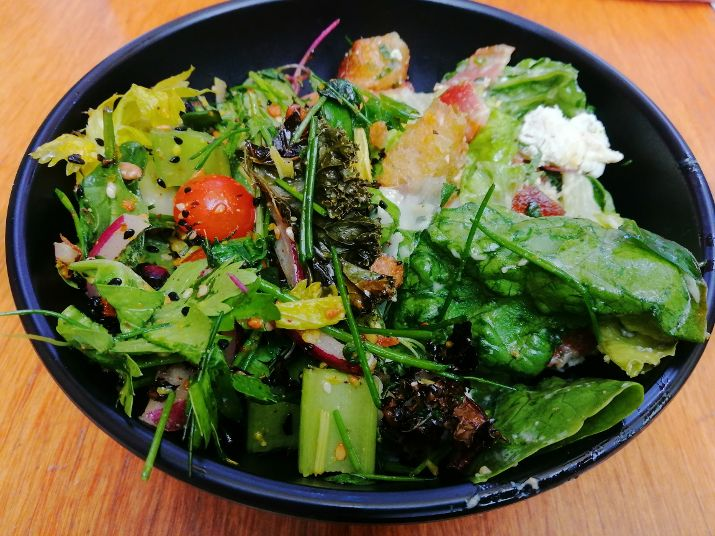 Christchurch B&B Hello Sunday cafe salad