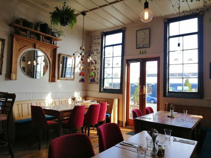 Christchurch B&B Hello Sunday cafe